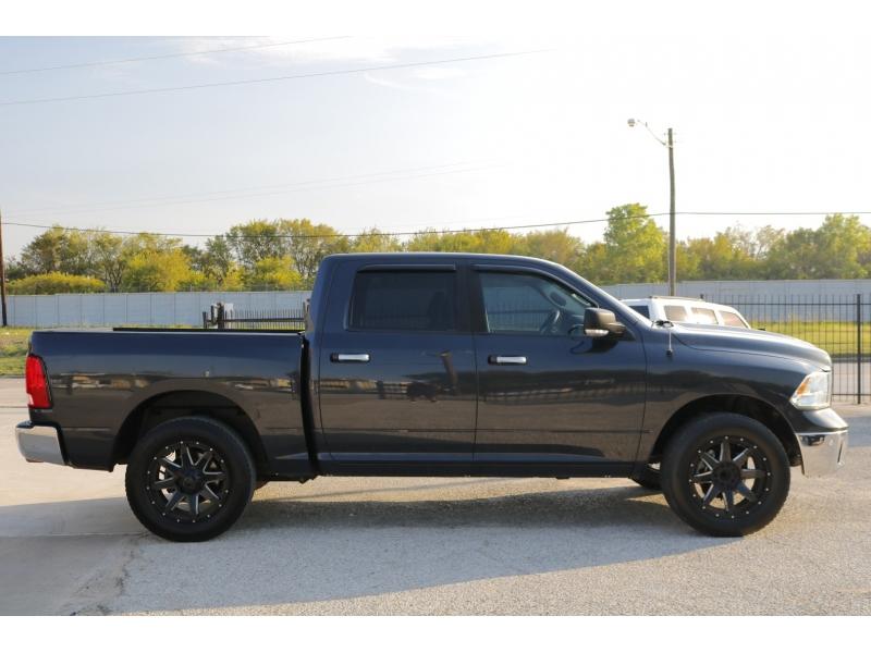 RAM 1500 2014 price $3,500 Down