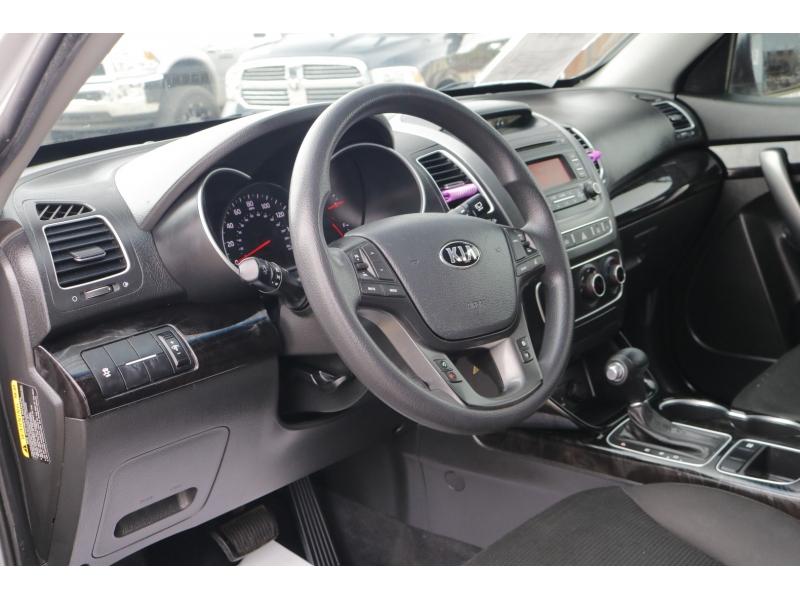 Kia Sorento 2015 price $2,000 Down