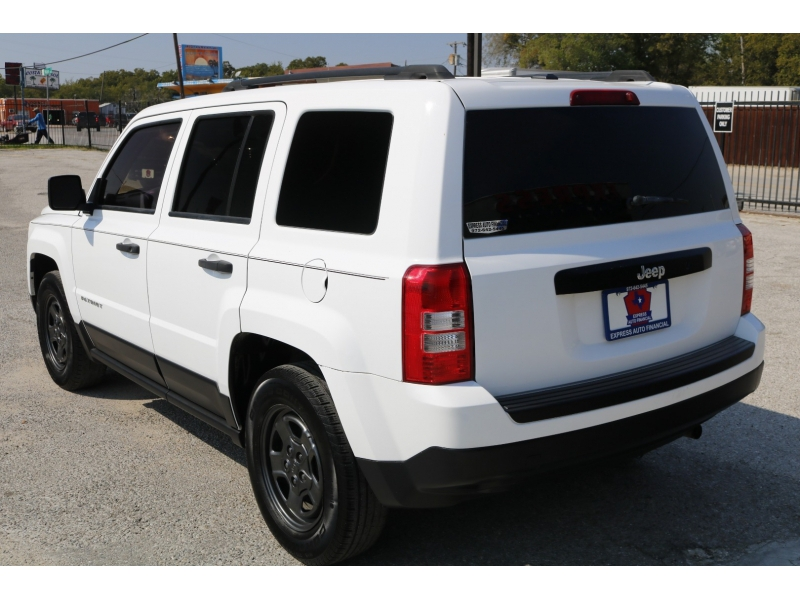 Jeep Patriot 2016 price $1,500