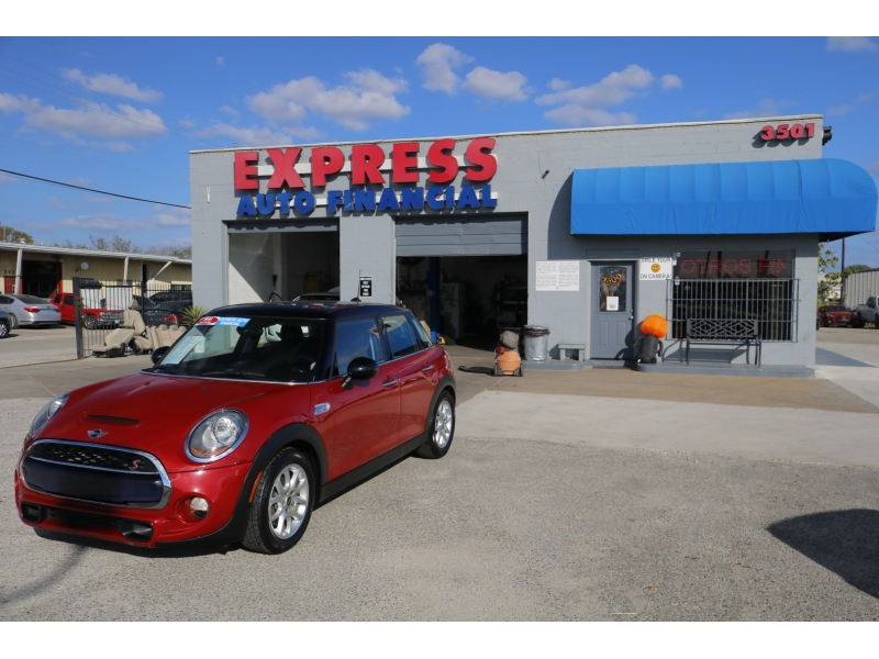 Mini Cooper Hardtop 4 Door 2015 price $3,000 Down