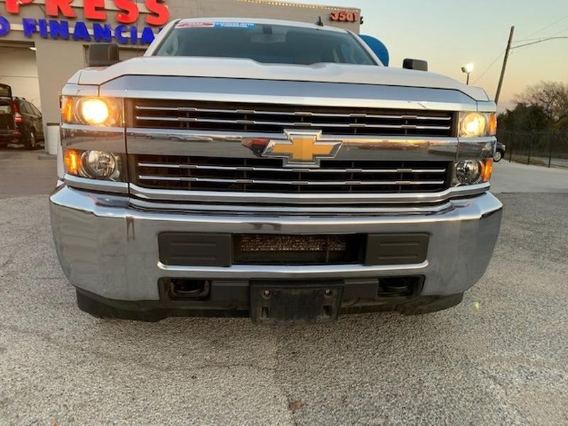 Chevrolet Silverado 2500HD 2017 price $5,000