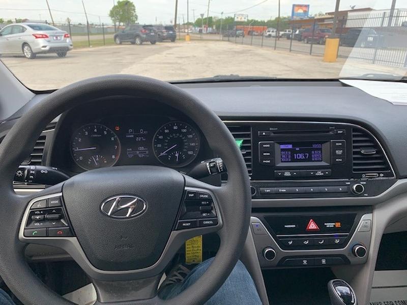 Hyundai Elantra 2017 price $3,000 Down