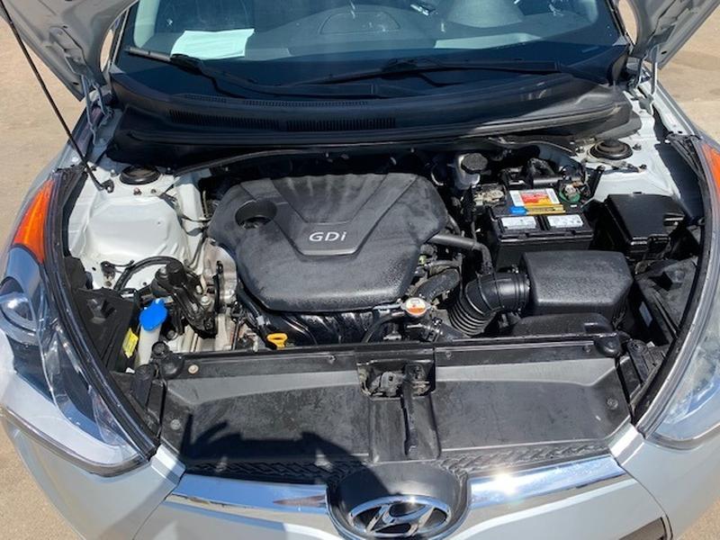 Hyundai Veloster 2013 price $1,000