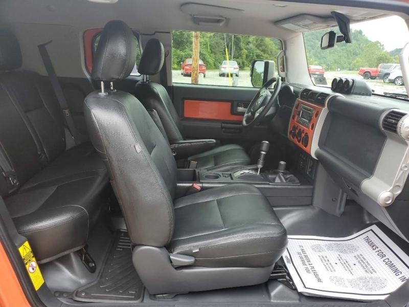 TOYOTA FJ CRUISER 2014 price $34,995
