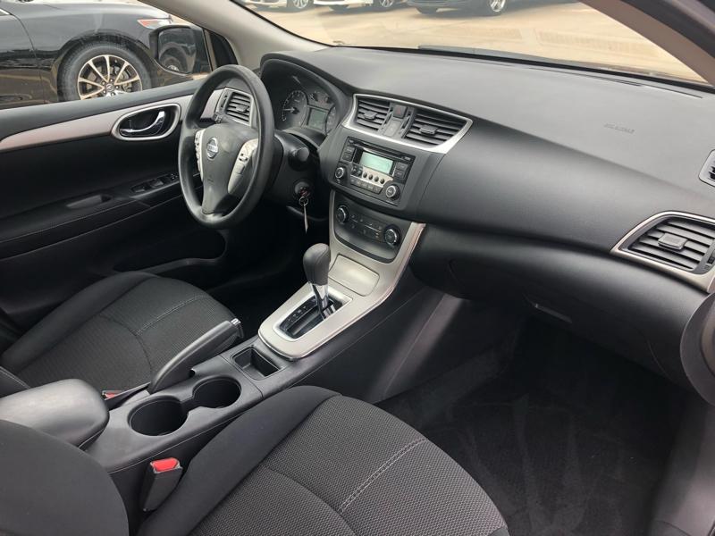 Nissan Sentra 2015 price $9,477