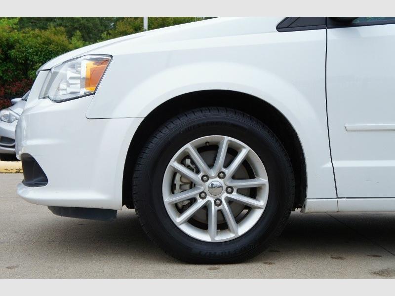 Dodge Grand Caravan 2016 price $9,977