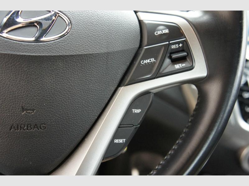 Hyundai Veloster 2016 price $10,977