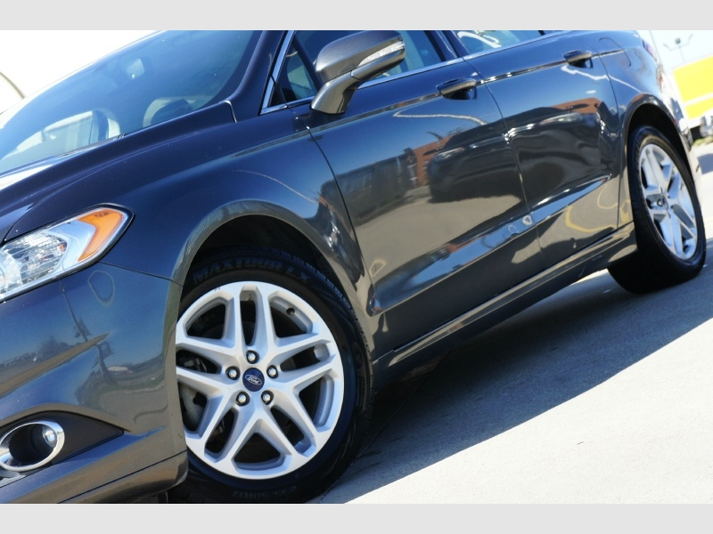 Ford Fusion 2016 price $10,977