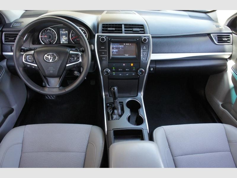 Toyota Camry 2017 price $13,977