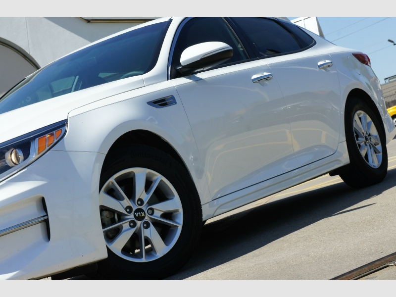 Kia Optima 2017 price $12,977