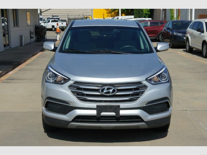 Hyundai Santa Fe Sport 2018 price $14,777