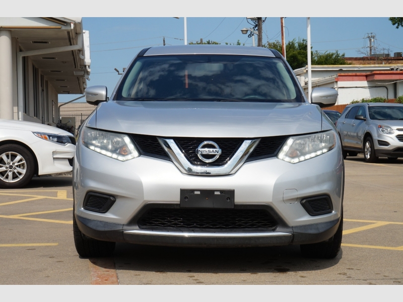 Nissan Rogue 2015 price $9,977