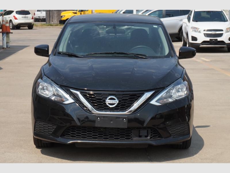 Nissan Sentra 2018 price $9,977