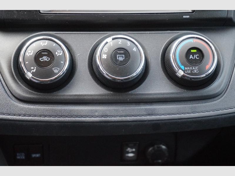 Toyota RAV4 2018 price $18,477