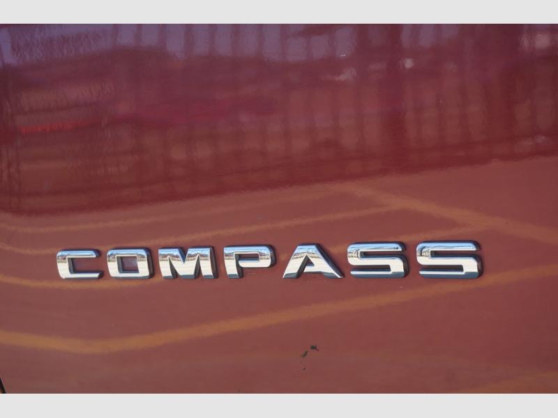 Jeep Compass 2017 price $12,777