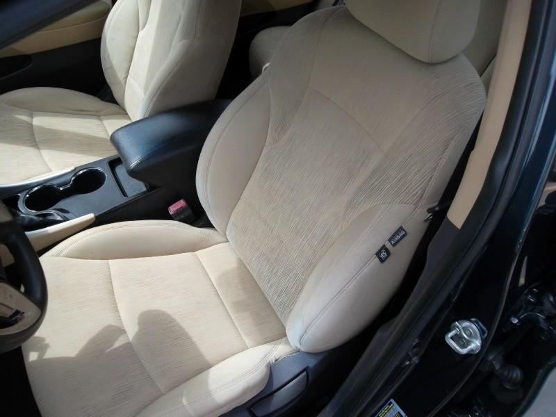 Hyundai Sonata 2011 price $4,977