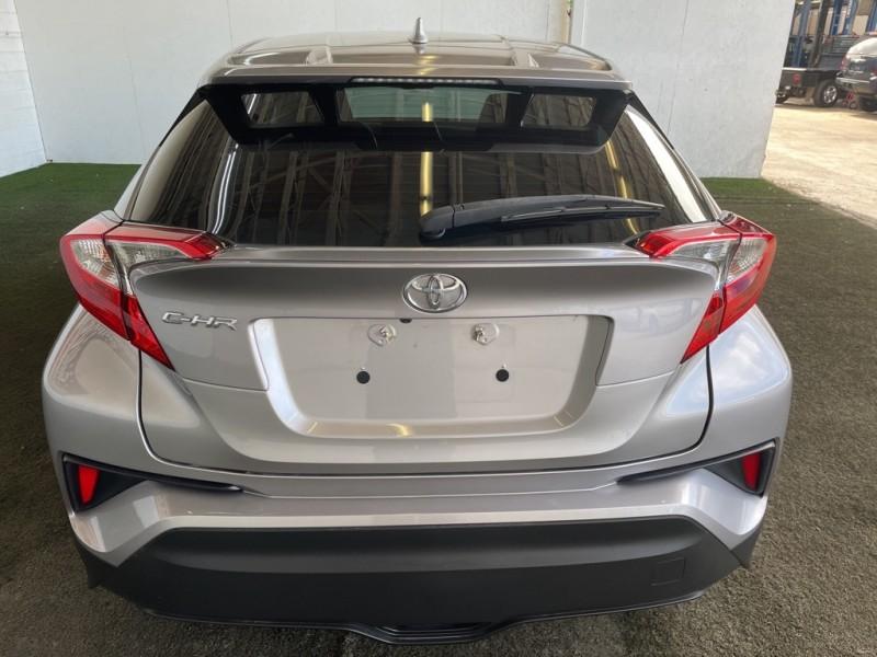 Toyota C-HR 2018 price $21,898