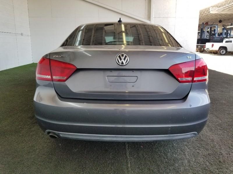 Volkswagen Passat 2013 price $12,977