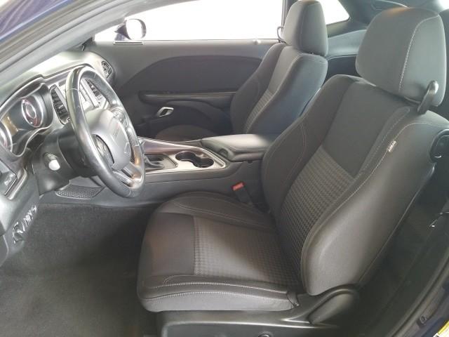 Dodge Challenger 2016 price $20,977