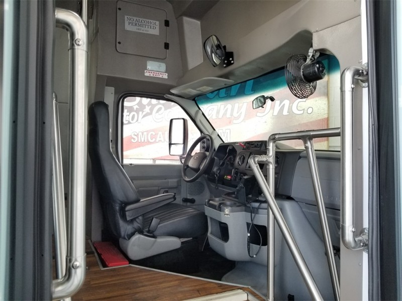 Ford E-350SD 2016 price $22,994
