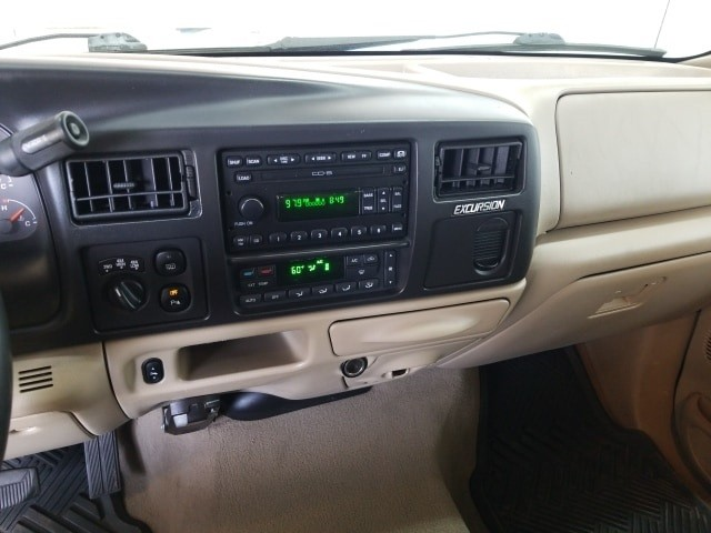 Ford Excursion 2005 price $27,777