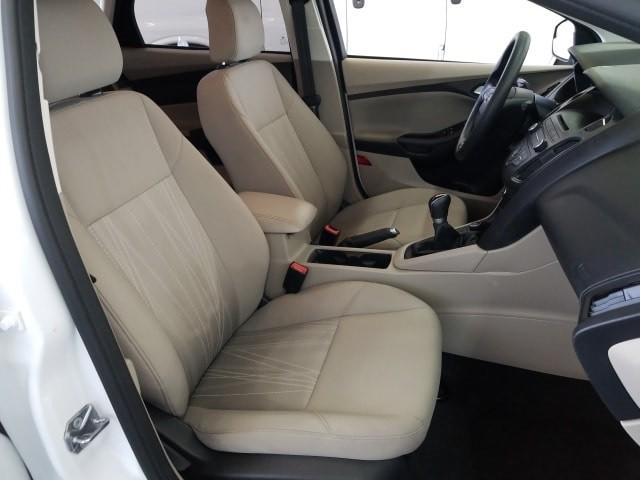 Ford Focus 2015 price $12,977