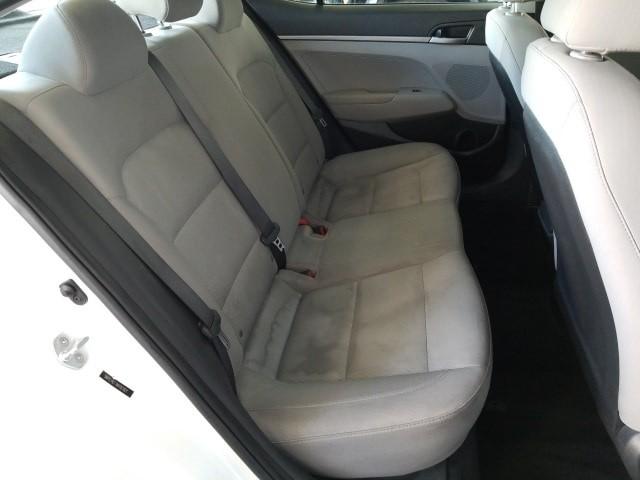 Hyundai Elantra 2017 price $12,977