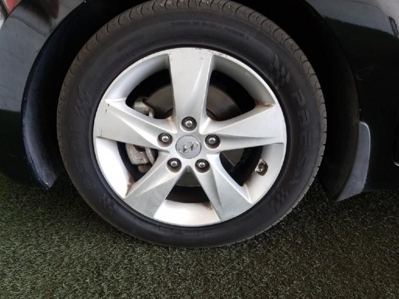 Hyundai Elantra 2013 price $12,977