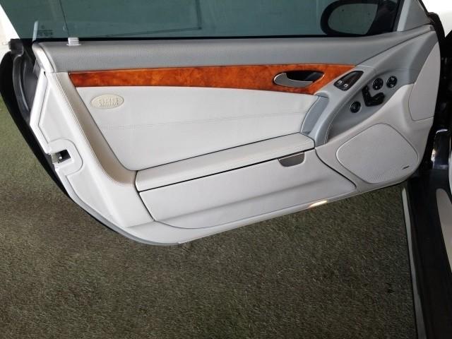Mercedes-Benz SL-Class 2006 price $23,977