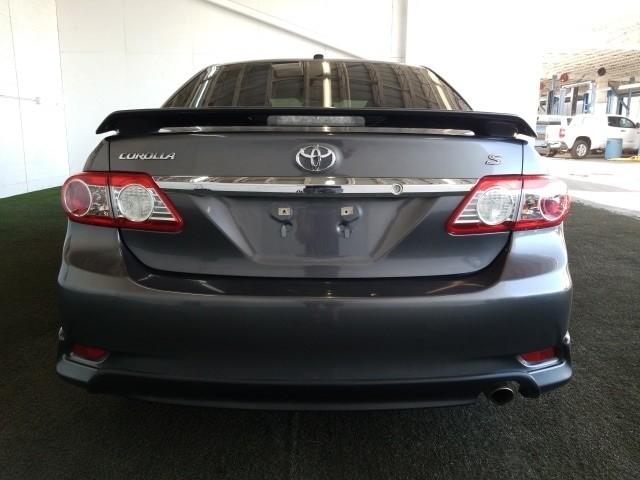 Toyota Corolla 2013 price $13,977