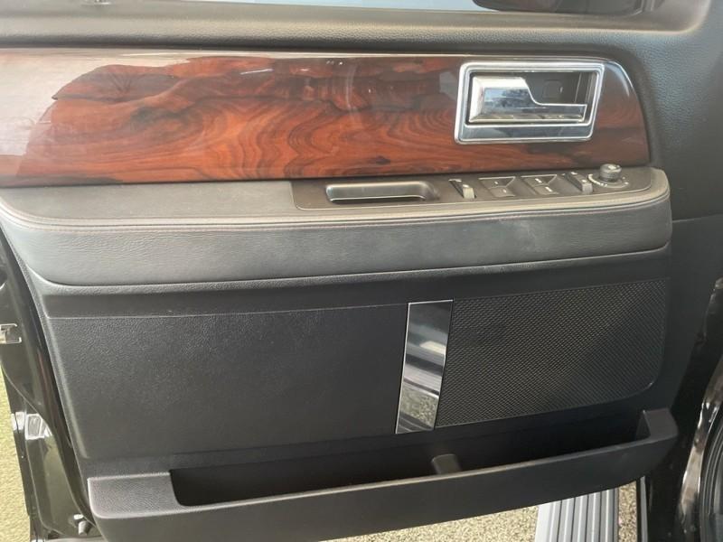 Lincoln Navigator 2016 price $48,977