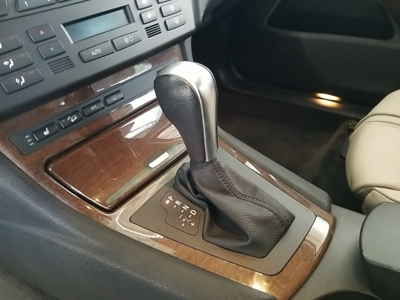BMW X3 2010 price $13,977