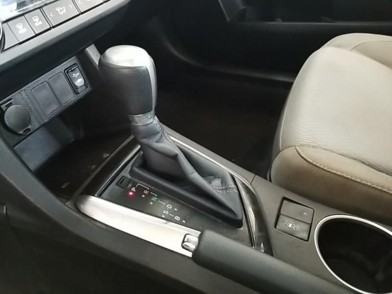 Toyota Corolla 2016 price $16,899