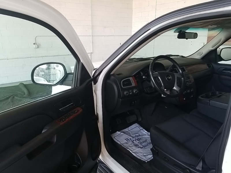 Chevrolet Suburban 2500 2013 price $36,977