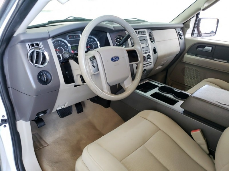 Ford Expedition 2012 price $15,977