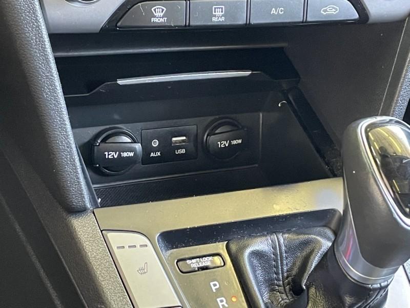 Hyundai Elantra 2018 price $17,234