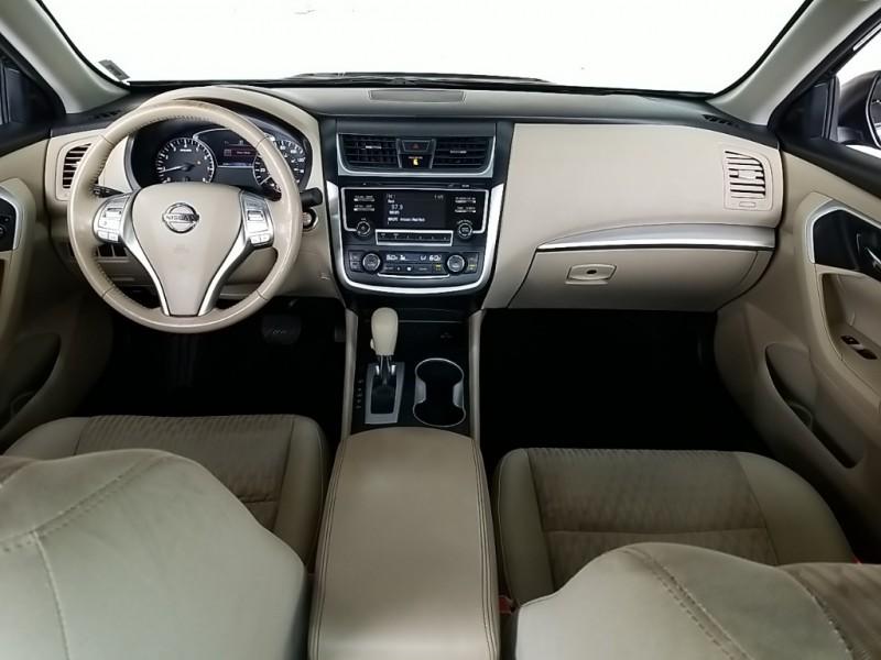 Nissan Altima 2016 price $14,990