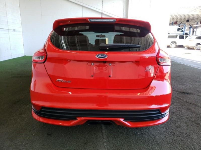 Ford Focus 2017 price $26,277