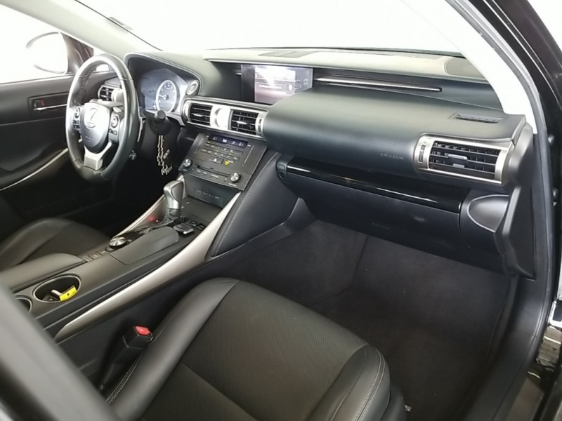 Lexus IS 2015 price $21,981