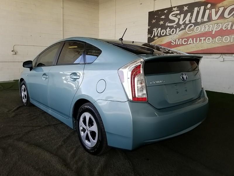 Toyota Prius 2014 price $16,977