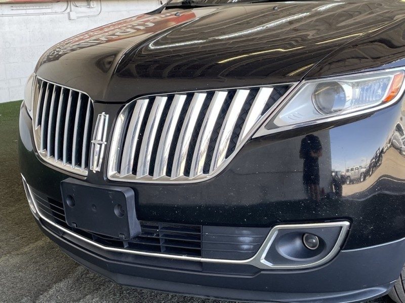Lincoln MKX 2012 price $15,677