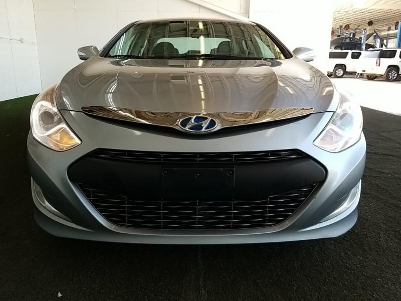 Hyundai Sonata Hybrid 2015 price $16,977