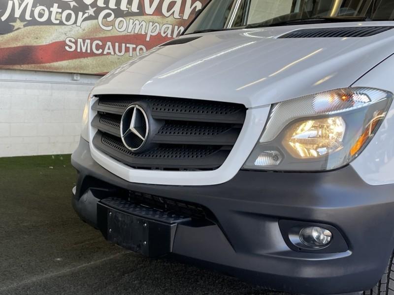 Mercedes-Benz Sprinter 2500 2016 price $34,977