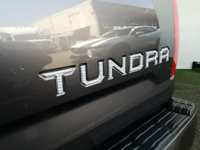 Toyota Tundra 2017 price $36,987