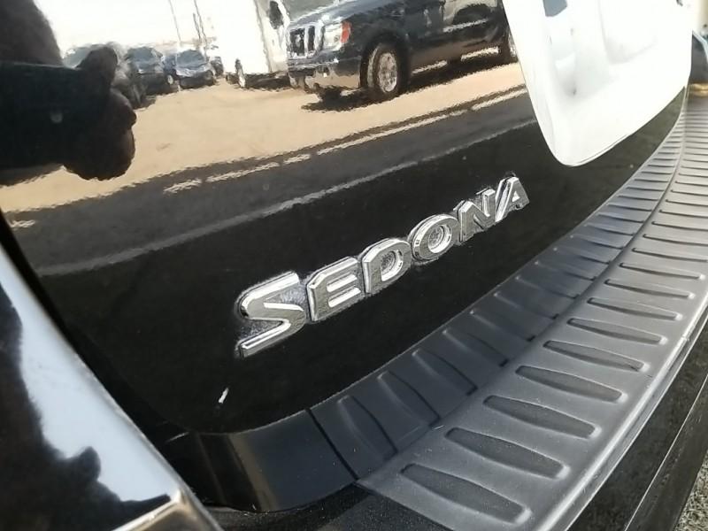 Kia Sedona 2016 price $16,977