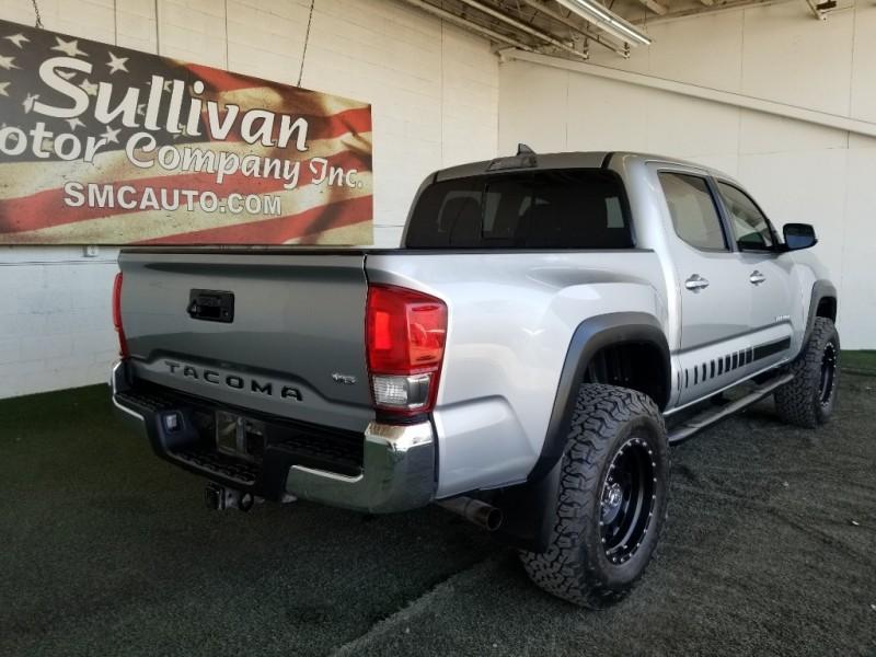 Toyota Tacoma 2017 price $40,977