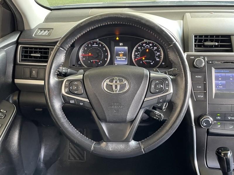 Toyota Camry 2016 price $16,977