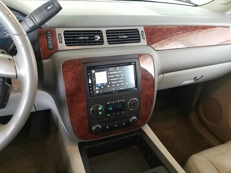 Chevrolet Suburban 1500 2014 price $20,177