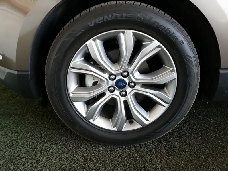 Ford Edge 2019 price $30,554
