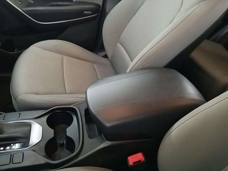 Hyundai Santa Fe 2013 price $19,977